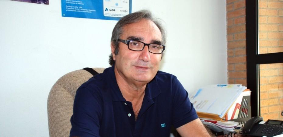Andrés Sánchez Picón, catedrático de Historia e Instituciones Económicas de la UAL e impulsor de la plataforma Califal. Foto de Miguel Blanco