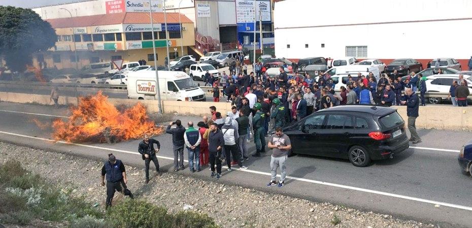 Protesta de 'Agricultores al límite' en Almería.