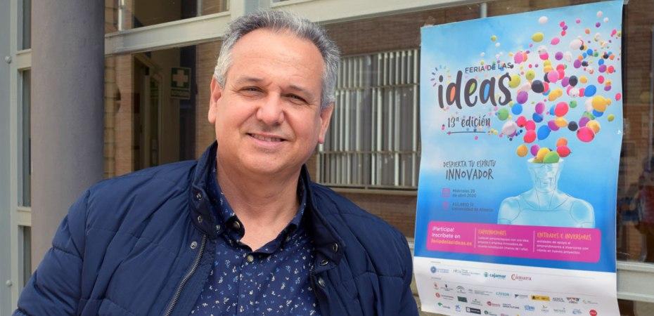 Carlos Cano, economista, profesor de la Universidad de Almería y coordinador de la Feria de las Ideas. Foto de Miguel Blanco