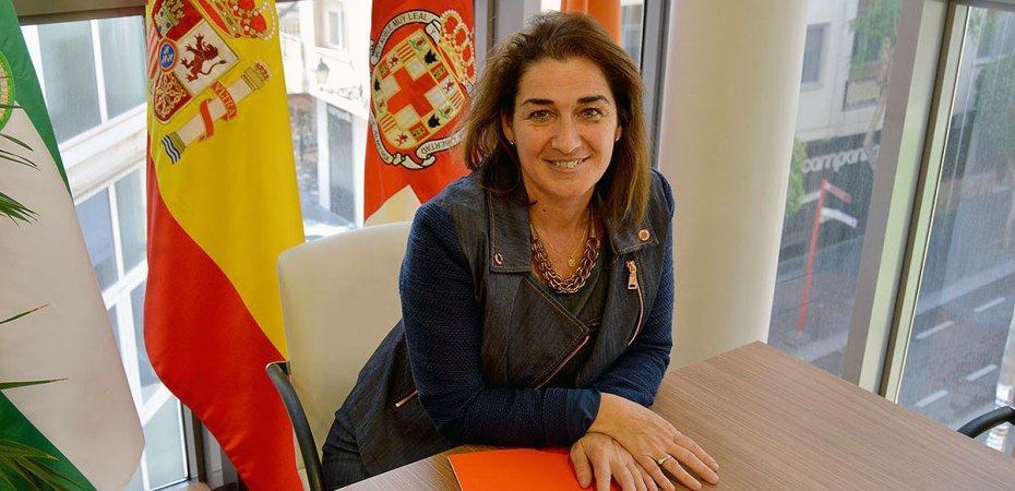 Ana Moreno, decana del Colegio de Economistas de Almería